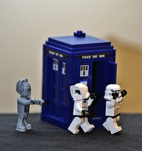 Trooper Adventures - The Chase #stormtrooper #starwars #doctorwho  Flickr: http://flic.kr/p/dMmPCT