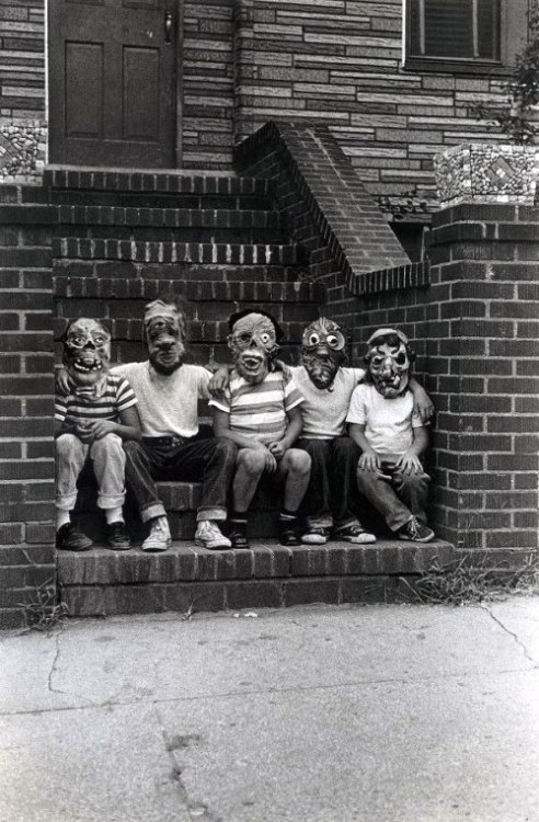 swampthingy:  Photo by Diane Arbus