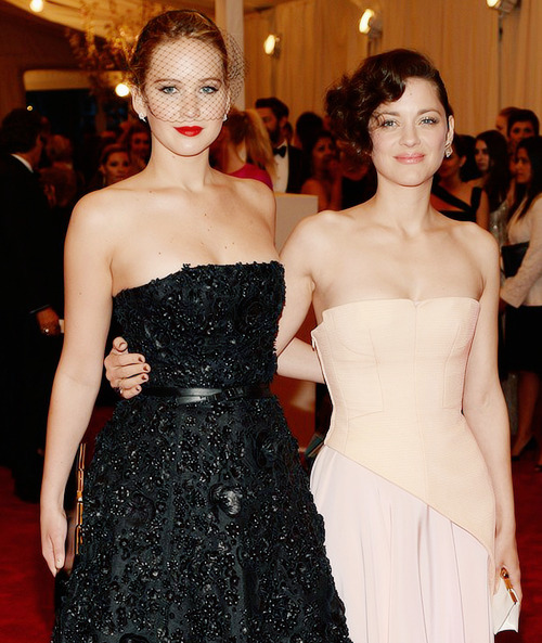Jennifer Lawrence and Marion Cotillard attend the Costume Institute Gala, may 6
