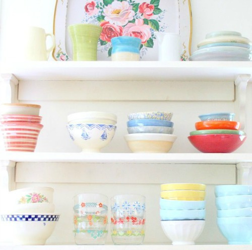 twobluebirds:  vintage dishes