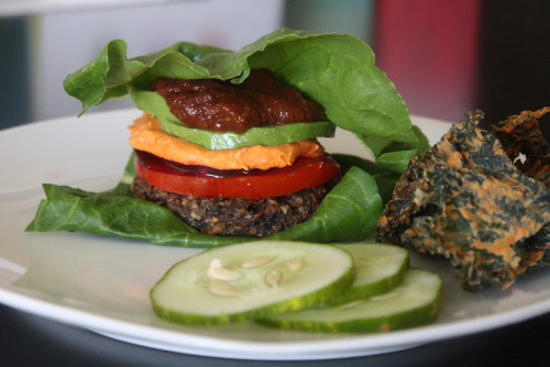 Raw Mushroom Veggie BurgersAdapted from this recipe 2 cups button mushrooms, diced small 2 cups grated carrots 1 cup onion, finely chopped 1 cup celery, finely chopped 1 cup walnuts or pecans, soaked and ground in a food processor 1/2 cup sunflower seeds, soaked and ground 3/4 cup ground flax seeds 1/4 cup water 1/4 cup tamari 1 clove garlic, minced 2-3 teaspoons dried tarragon Toss the veggies together in a bowl.Add the ground nuts and all other ingredients stir together thoroughly to evenly incorporate everything.Pack the mixture into a 1/3 cup measuring cup and turn it over onto a teflex lined dehydrator sheet.Tap the cup to get the filling out. Press down gently to flatten the patty.Dehydrate at 145F for 1 hour. Turn the temperature to 115F and continue dehydrating for 5-6 hours, transferring onto the mesh sheet after 1-2 hours.