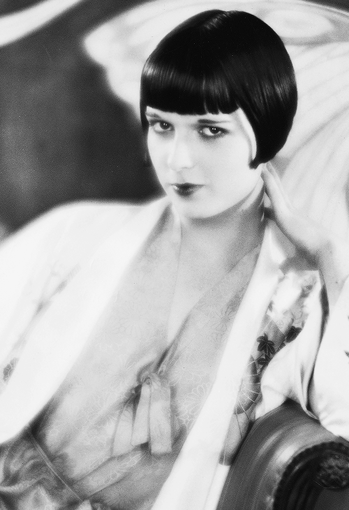 msmildred:  Louise Brooks, c. 1920s.