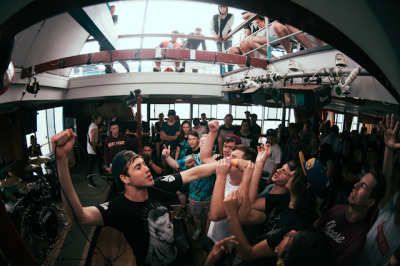 deaths-photos:  In hearts wake.