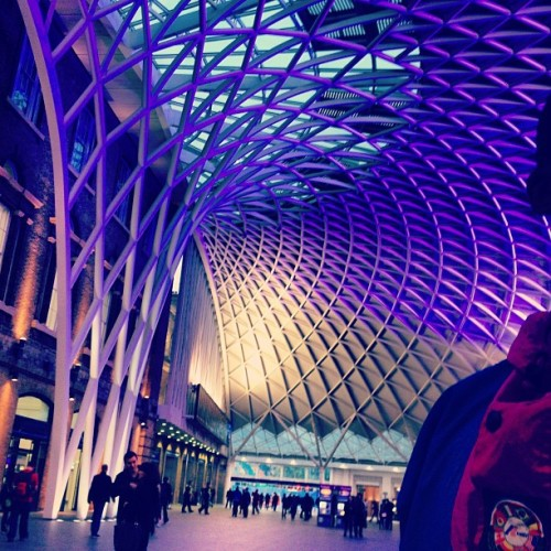 beenholdingbackforquitesometime:  #london#kings#cross#station #architecture#structure#form