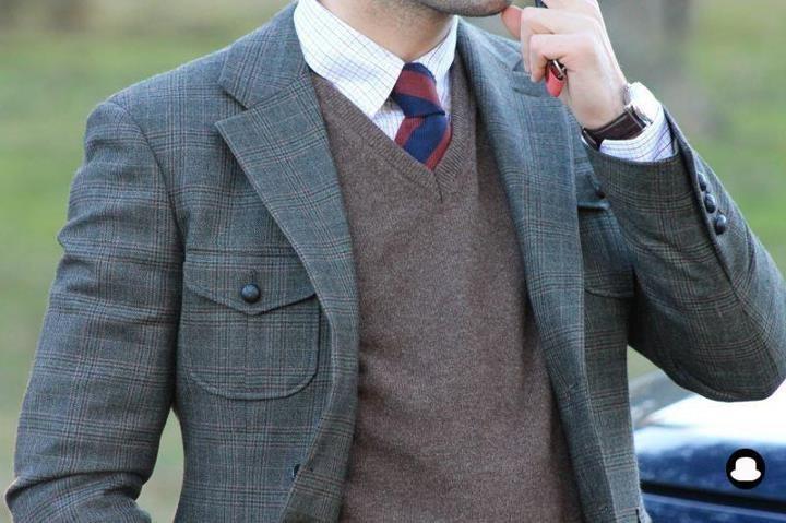 losmalditosmocasines:  Americana verde de tweed, Tom Black Style