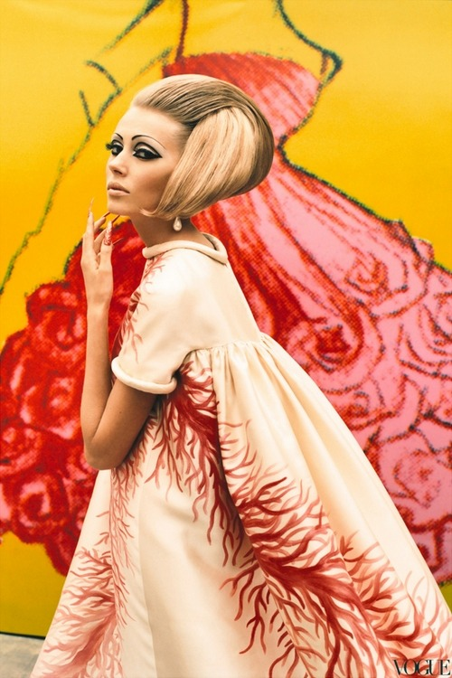 steroge:  Valentino dress from S/S, 1969 by Ruven Affanador (Damn, I think I just popped a vein…or punctured a lung, not sure…)