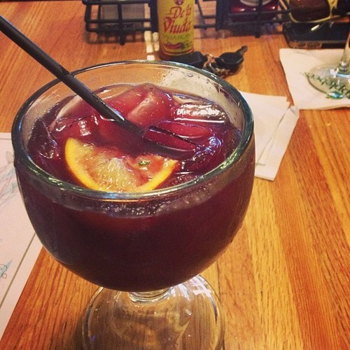 itspartyrehab:  Red Apple Sangria (Applebee's) Ingredients & Measurements: 1/3 cup Red Wine (Sutter Home Cabernet Sauvignon) 1 1/4 oz. Apple Liquor 1 1/2 oz. Cranberry Juice 1 1/2 oz. Pineapple Juice Sierra Mist Garnishes: 2 Red Apple Balls Orange Wedge Lime Wedge Maraschino Cherry Instructions:Fill a 16 oz. glass with ice. Add red wine, apple liquor, grenadine, cranberry juice, pineapple juice, and top it off with Sierra Mist. Drop all garnishes in the drink and serve with a straw.  THIS IS MY FAVORITE
