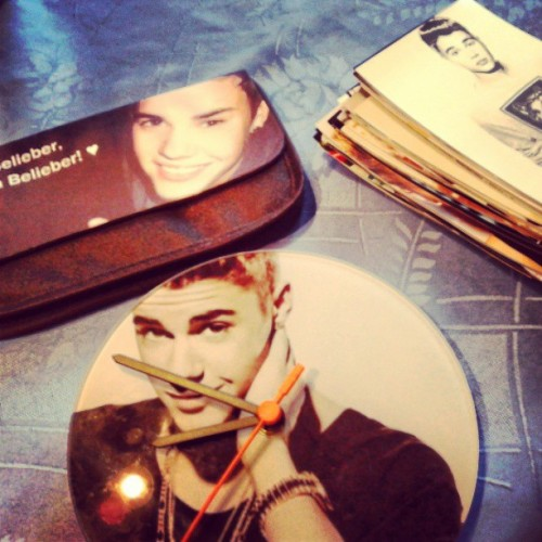 Awww  *-* #clock #photos #bag #Justinbieber #proud #once #a #belieber #always #a #belieber