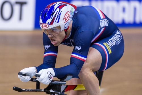 RACE FACE:  FRANCOIS PERVIS   Last month, Frenchman Francois Pervis finally won his first Elite World Champion title competing in the Kilo at Minsk.  See that face?  Now that's a Kilo face.  That's how I've been feeling all week trying to get through the crap life is flinging at me right now (not to mention that I've also been sick) but once I get through it, nothing but the sweet taste of victory.  Regular posting continues today.  Expect a lot of videos!  Photo taken by Guy Swarbrick.