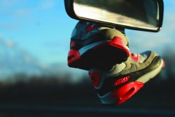 mrvzaportfolio:  Baby Nike Air Max 90 Infrared Photo: MR.VZA