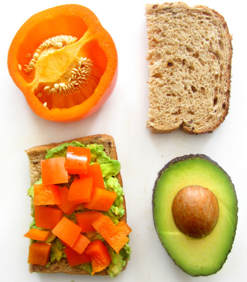 eat-pure:  avocado + pepper = yummy