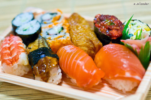japanlove:  Sushi by e-wander on Flickr.