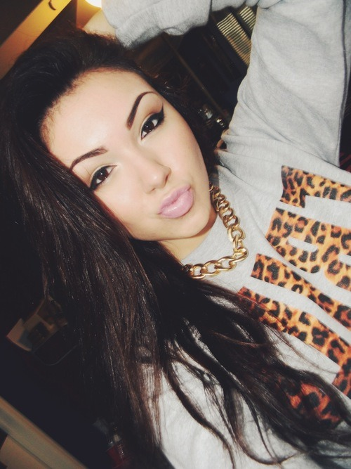 ultimatebeauties:  GET THE TRILL LEO SWEATER→