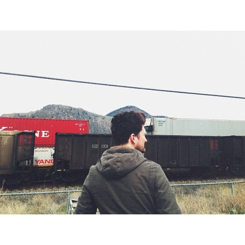 anberlin:  Day off exploring. I bailed after 10 minutes. They didn't find anything cool. -N