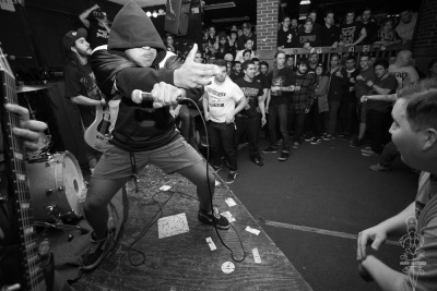 wallyedge:  realhardcore:  Photo from Rotting Out's surprise set at Anchors Up recently.  Bangarang
