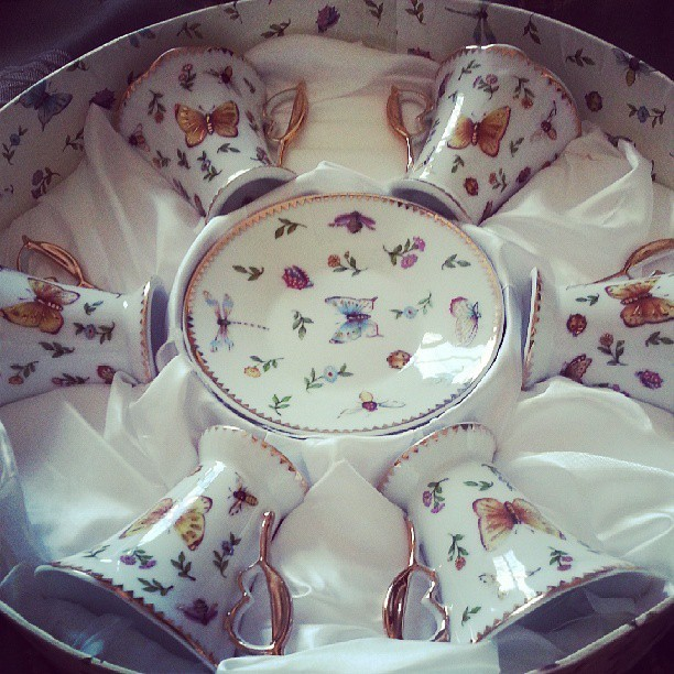 Teaparty anyone? #fancylife #butterflies #pinkiesup