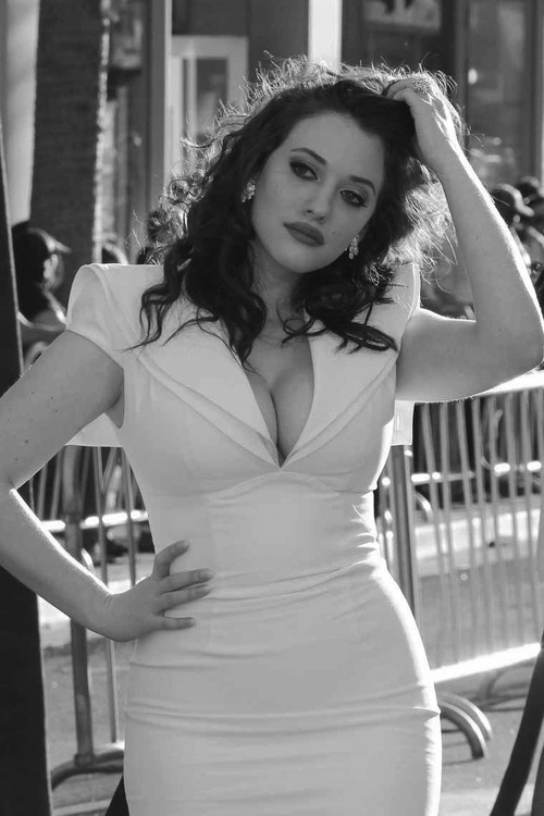hourglassandclass:  I absolutely adore this stunning shot of Kat Dennings! For more curves and body acceptance, check out my blog :)
