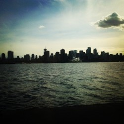 Via @vanca93: #beautiful#Vancouver#Skyline