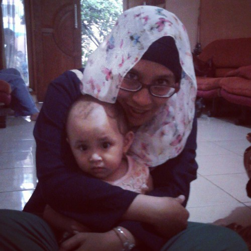 Zita kidnapping by #Auntie.. I'll #hug you… #instababy #niece #baby #girl