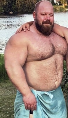 beefymuscle.com #muscle#bear#daddy#hunk#hairy#beefy#massive#thick #beefymuscle.com