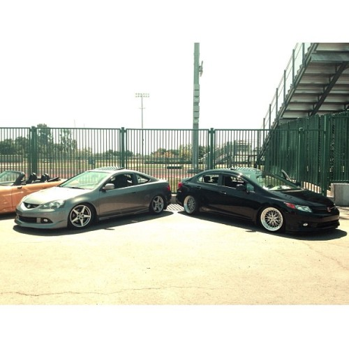 At the #ybcharitycarshow tryna kill the game with @rambruuh_fb6 but we just got killed by like 80 other cars.. 😅😔😪