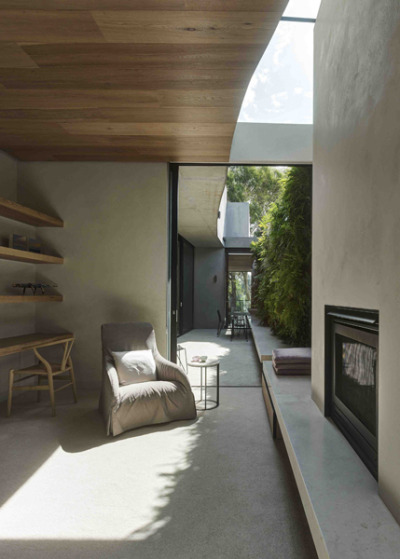 Park House by Leeton Pointon Architects The approach was to seamlessly integrate all elements of interiors, architecture, furnishings, decoration and landscape.