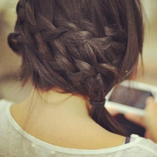 fashionbeautydesign:  #hair #braid #brunette #black #plait #expert #like #follow #tagsforlikes #tbt #fashion #fashionbeautydesign #beauty #intricate #hairstyle #longhair #long #instalike