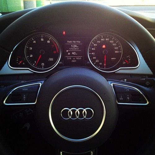 patreezyisback:  Haven't driven her in almost 3 weeks. #audi #a5 #interior #ineedgas