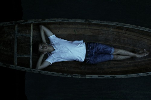 thomasflight:  Me chilling in a canoe last summer. It's warm again, and time to get back on the water.