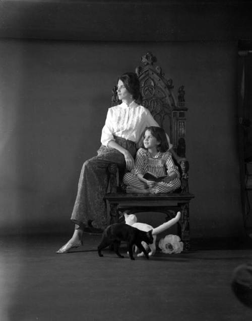 Richard Parks: Portrait of Susan Parks with her daughter Leslie and cats. Tallahassee, Florida, ca. 1974. Source: State Archives of Florida, via Florida Memory.