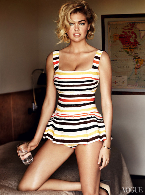 vogue:  Kate Upton in a Dolce & Gabbana striped bodysuit. Photographed by Mario Testino See more photos here.  I wish I could pull off a one piece like Kate Upton