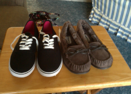I'm obsessed with shoe shopping omg <3