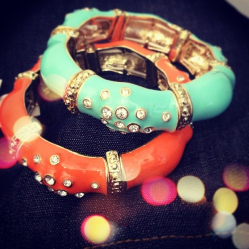 A little sneak peek… Coming soon to #sendthetrend. Get those wrists warm weather ready! ☀