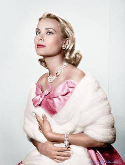 classicglamourgirl-grace-kelly