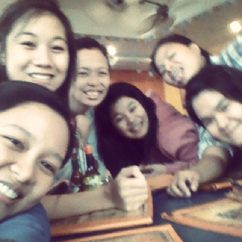 Girlfriends day out. Cheese party. Sakit chan sa kabusog (cheese). Inchik's advance chever :D samalat garls :* mwah mwah chup saluuurp ;*