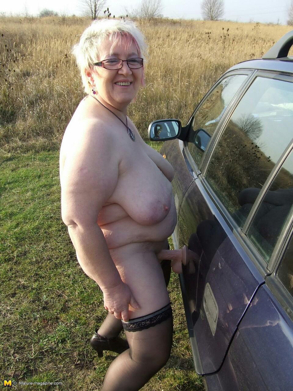 Смотреть развратная старуха бесплатно без регистрации 2 фотография