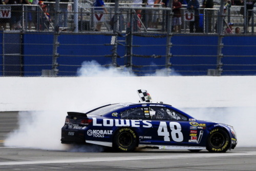 ›› Jimmie Johnson, first Sprint Cup Series winner - Daytona 500 (february/2013)