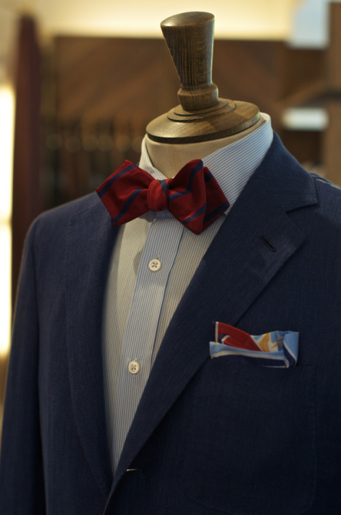 drakes-london:  Woven Reppe Bow Deco Yacht Print Hank