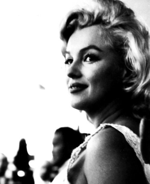 Marilyn at the Rockefeller Center, July 2nd 1957