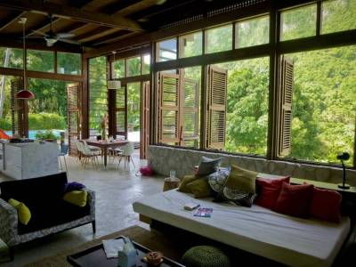(via Top 20 World Most Beautiful Living Spaces | Ultra Home)