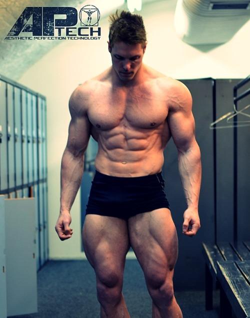 Aaron Curtis