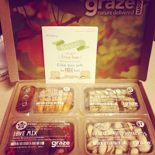 Woo my first Graze box is here!! I was hoping for pistachios :) If you need an invite let me know! #graze #subscription #box #vegan #veganfoodshare #snacks #vegansofig