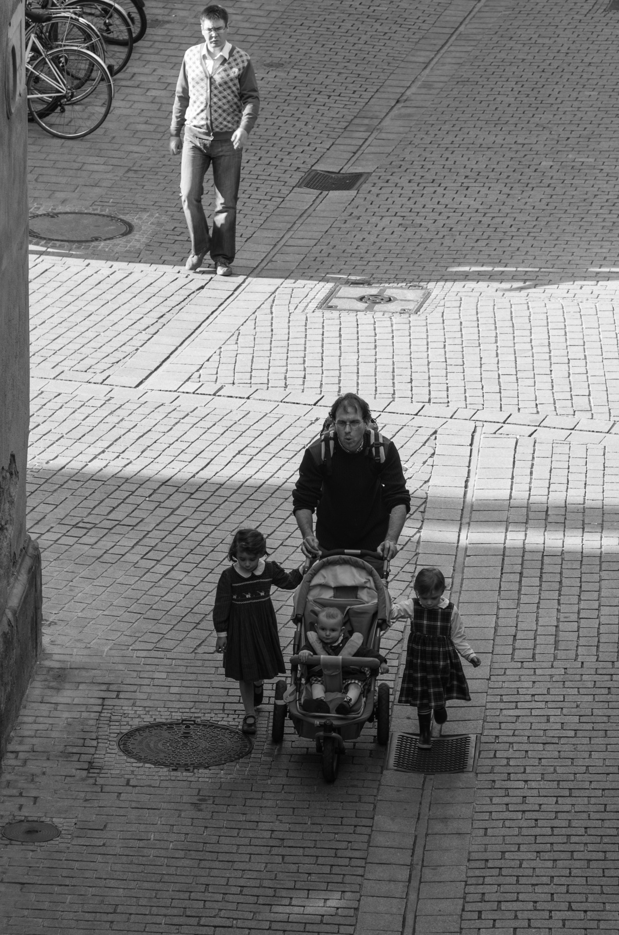 """Light walkers"" Street Photography, Strasbourg April 2013, Thomas Simon."