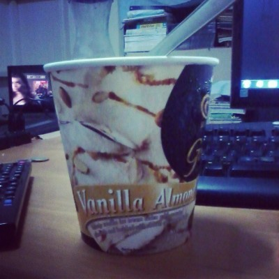 cge josh. birahe hahaha. #food #ice #cream