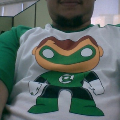 Green lantern shirt #ootd #gl #greenlantern #dc #dcheroes #dcuniverse #instagood #igers @stewedapples  (at 21F Smart Tower)