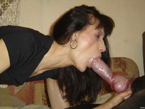 Big cumshot swallow