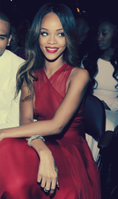 (2) rihanna | Tumblr on We Heart It - http://weheartit.com/entry/52545312/via/kristinamk428   Hearted from: http://20february1988.tumblr.com/post/43231986917