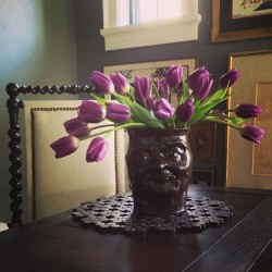 Look who is coming to #dinner! #vase #tulips #flowers #face #flowerarrangement #folklore #georgiaclay