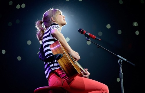 "'Rolling Stone' reviewed Taylor Swift's Red tour.     Then she sat alone to play ""All Too Well,"" her most majestic ballad, just a girl and her piano and several thousand other girls singing along. It was the highlight of a show that was nothing but highlights.   Yes, I sang along as well."