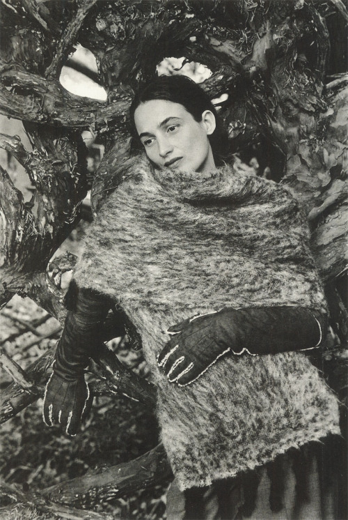 """Portraits of Women in Hermes"": Marie-Ann photographed by Joanna van Mulder wearing Hermes designed by Martin Margiela for Le Monde d'Hermes, No. 35, 1999 Vol. II, F/W 1999"